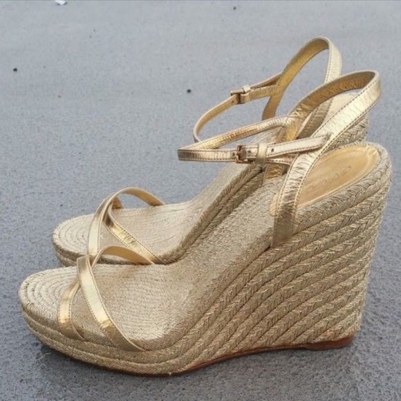 ad3f63e5c8 Gucci Shoes | Gold Sandal Wedge Leather Strappy Size 85 8 | Poshmark